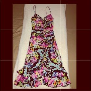 Cache Floral Sexy  Dress Sz Small 🌷